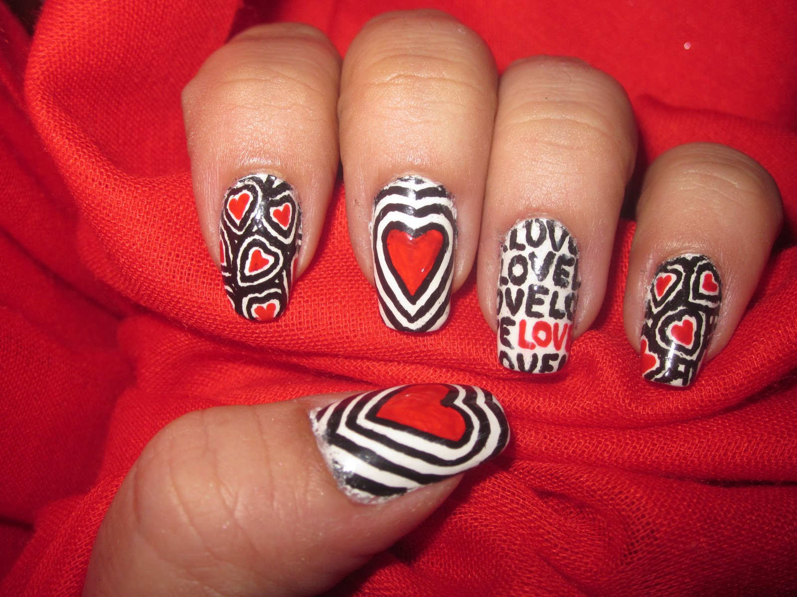 Latest Valentine Nail Art Designs 2018 | BestStylo.com