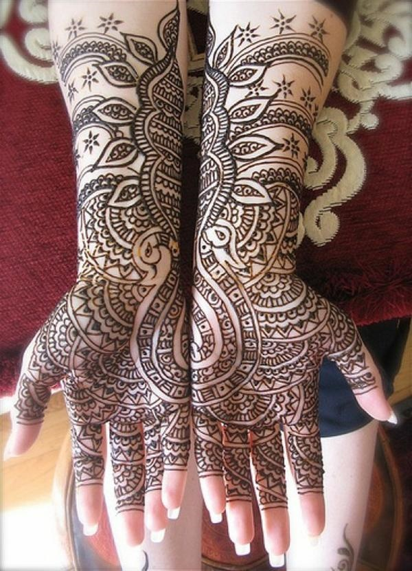 Full hand Leafy Pakistani design