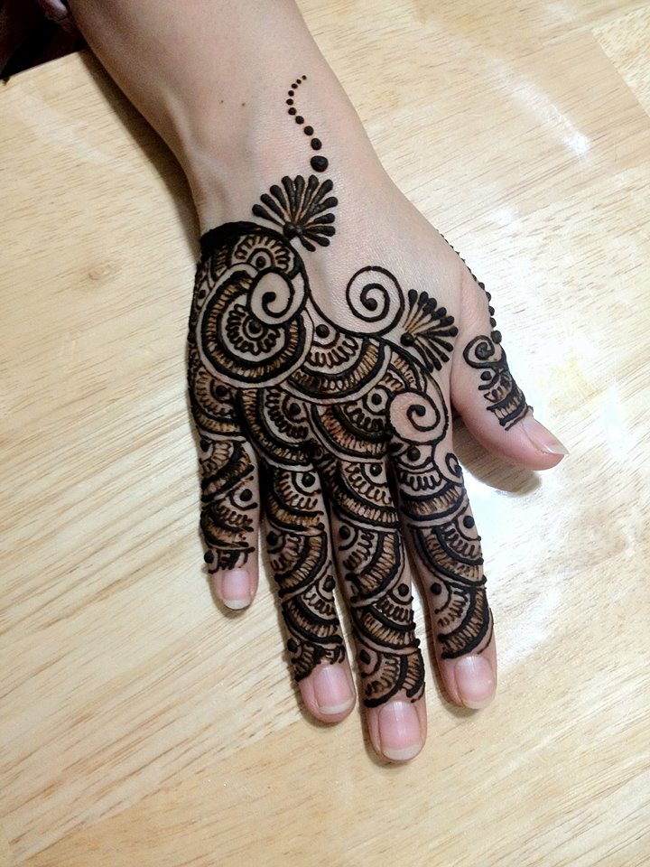 Back Hand Full Fingers Mehndi Design