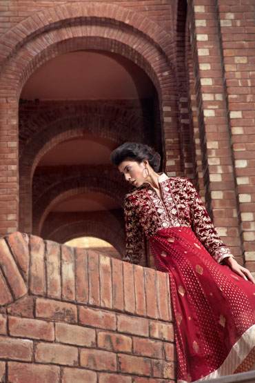 Thread and motifs Red Anarkali Suit