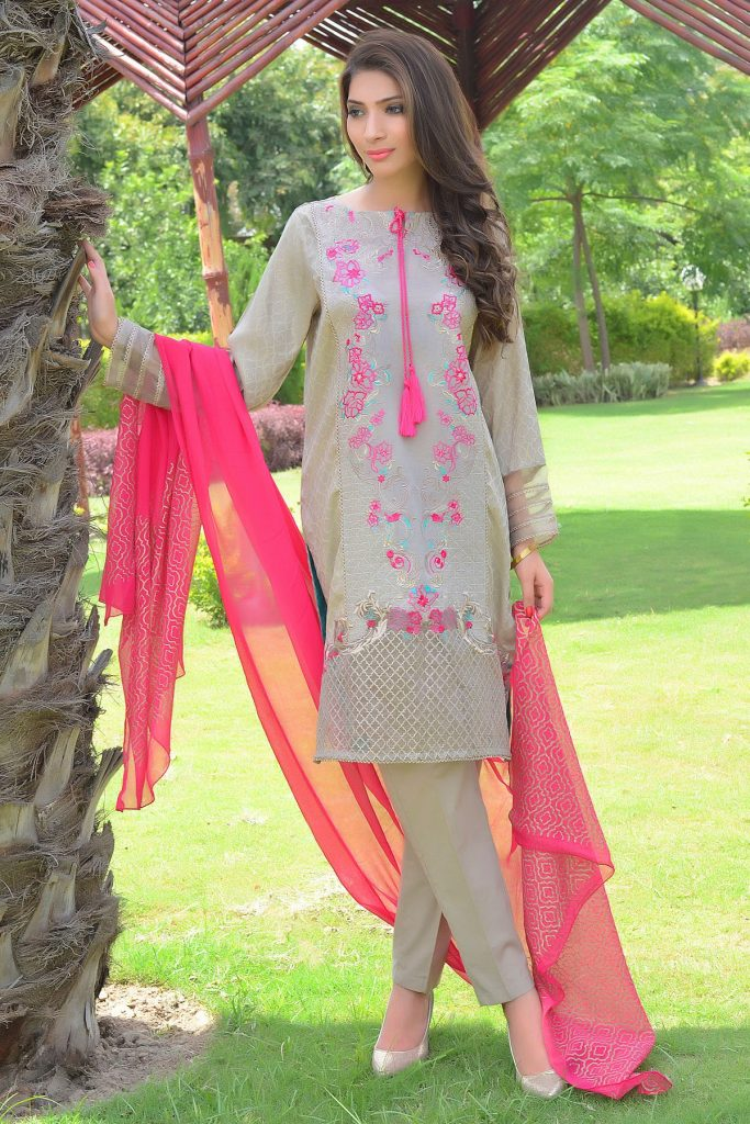 Zeniya grey embroidered lawn suit