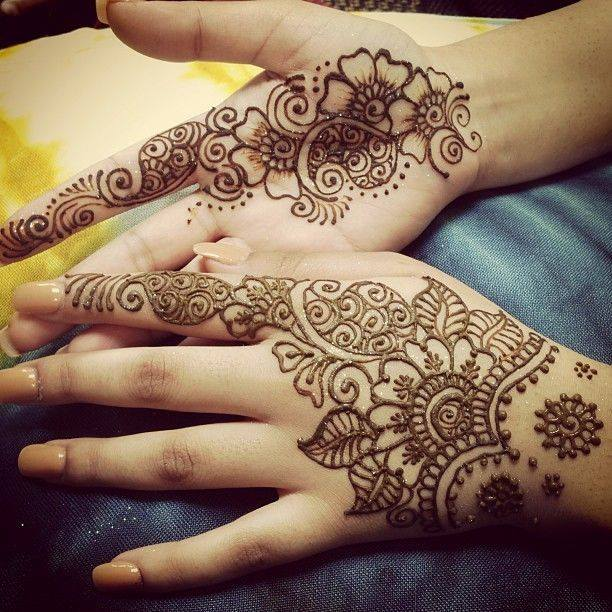 Lotus Arabic mehndi shades for back and front