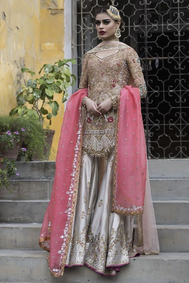 sania maskatiya Bridal Dress_11