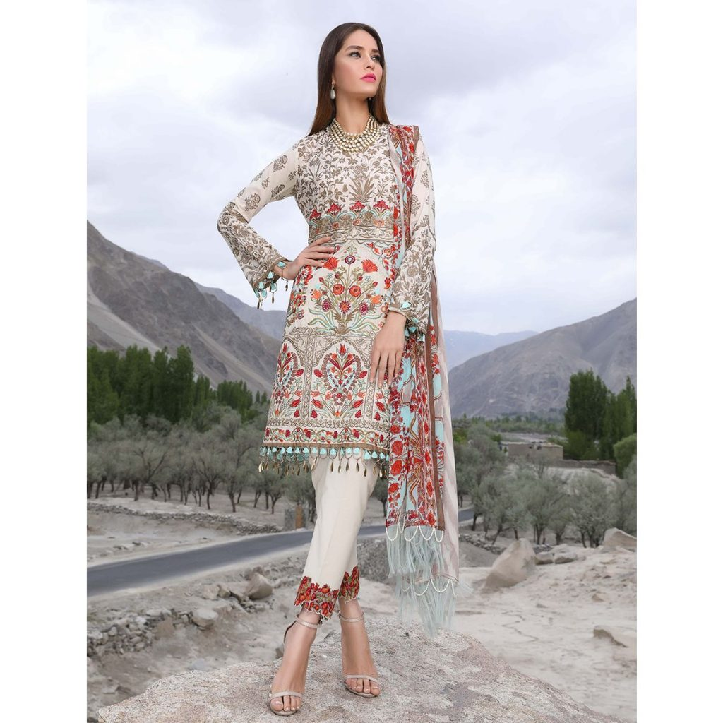 Sana Safinaz Grey Embroidered 3pc for Eid