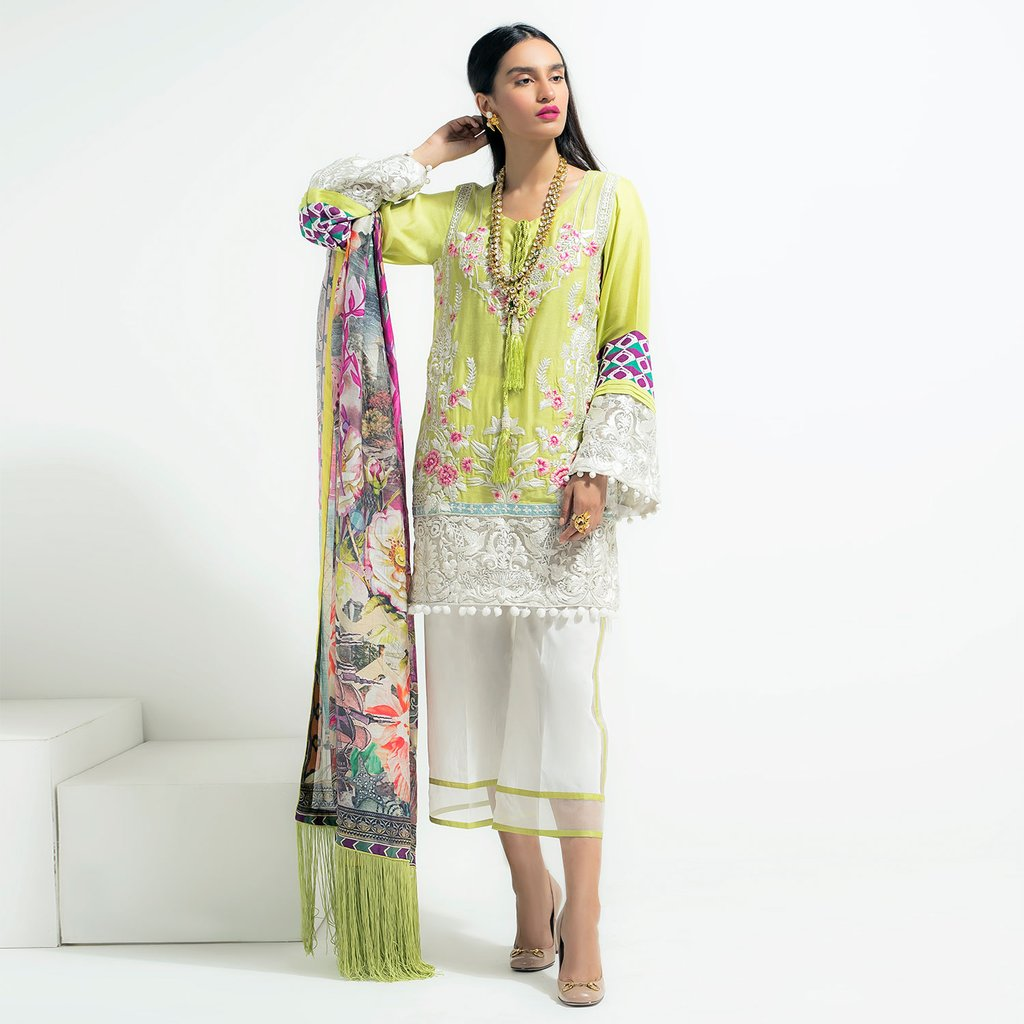 Saira Shakira Green Luxuiy Pret For Eid
