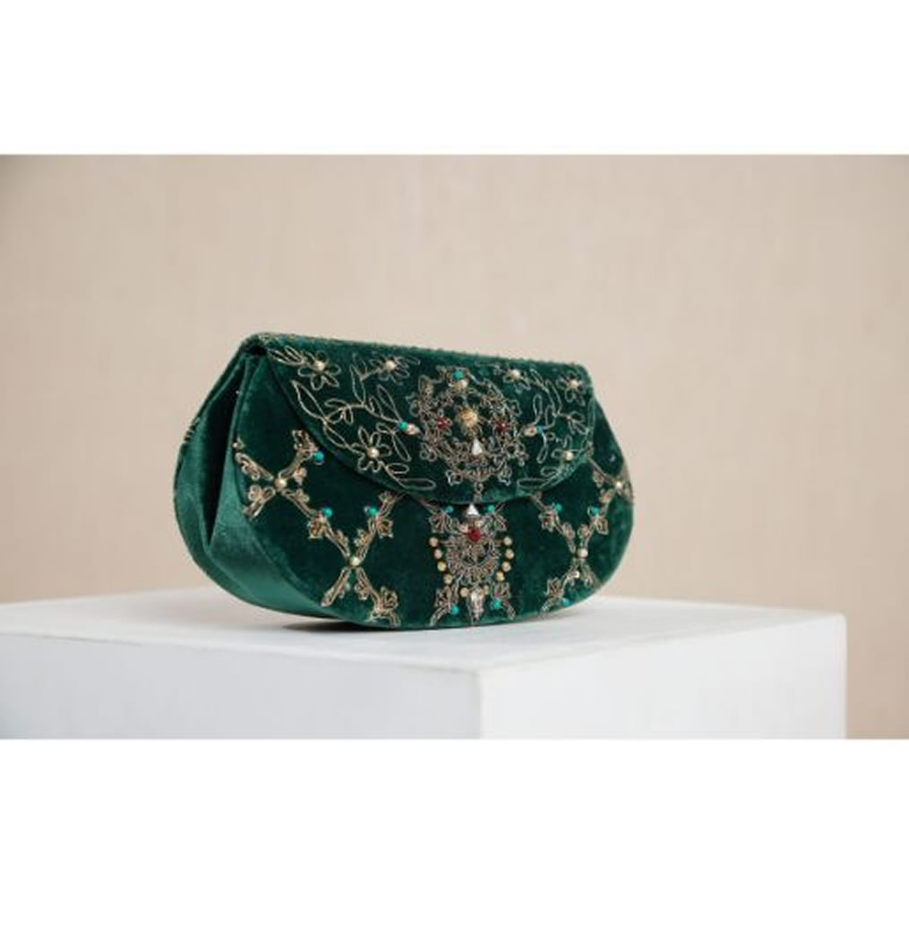 Chinyere Clutch Collection