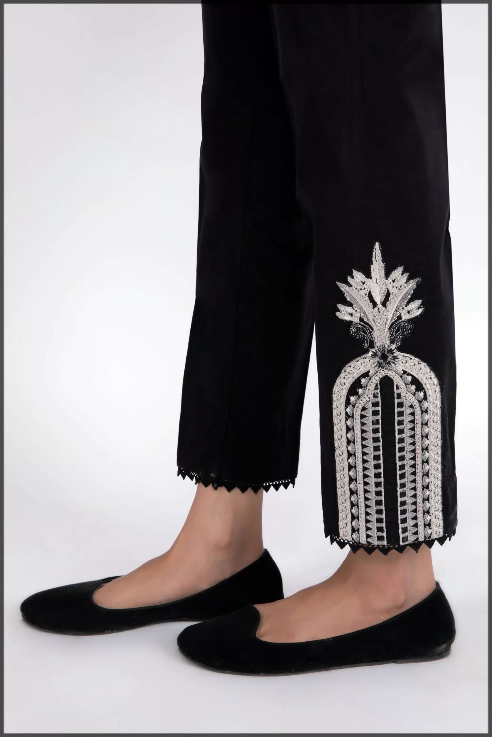 Summer bottoms in black and silver embroidery