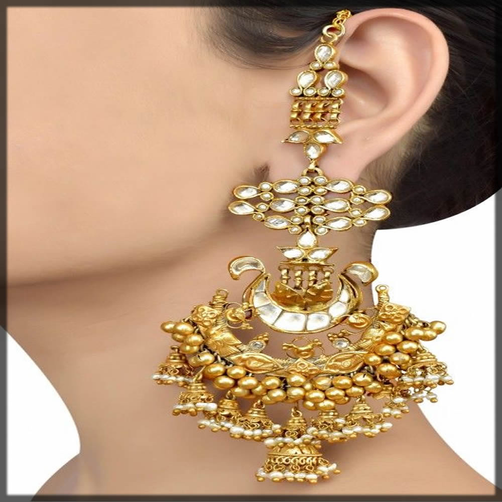 gold jhumka earring styles