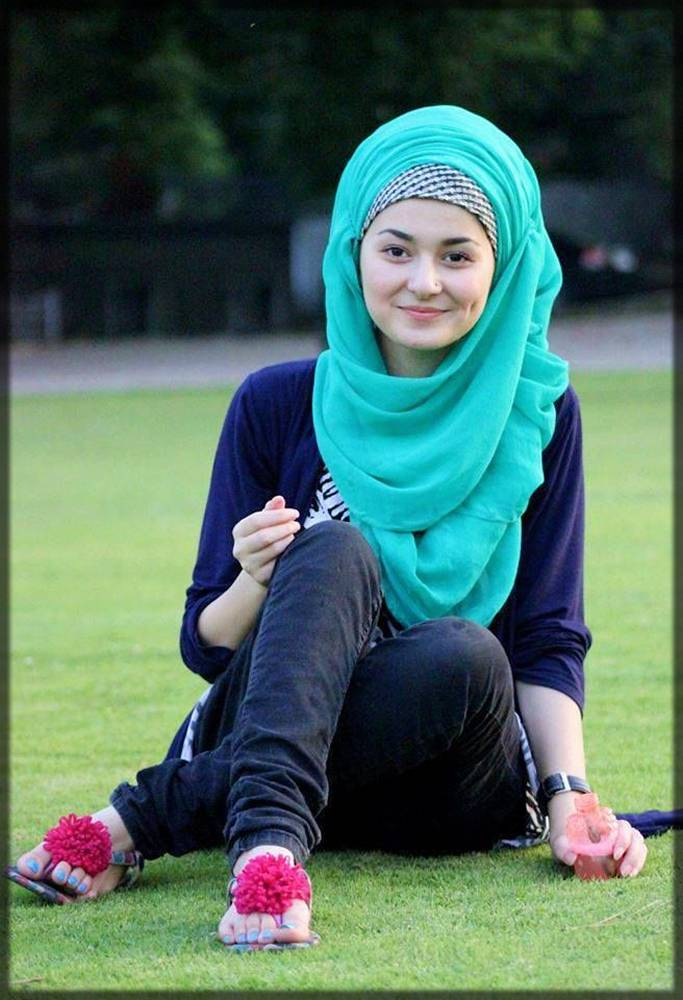 latest chin high style hijab for round-faced girls