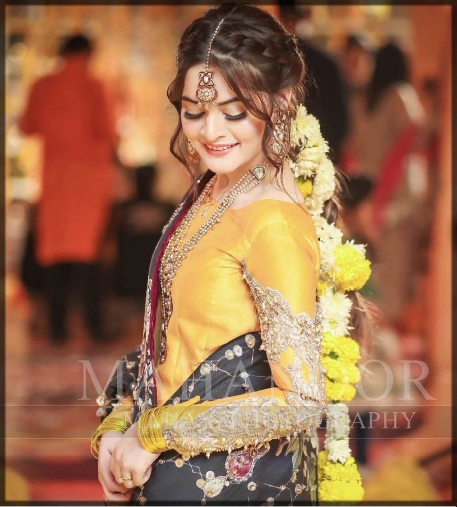 Beautiful special bridal mehndi hairstyles