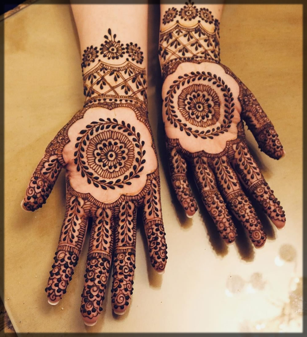 tikki Arabic Black Mehndi design