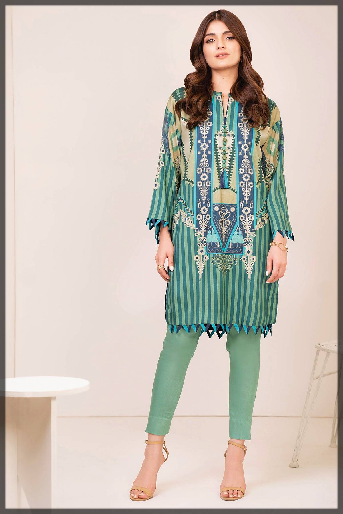 unstitched 2-piece suit by alkaram fall winter collection