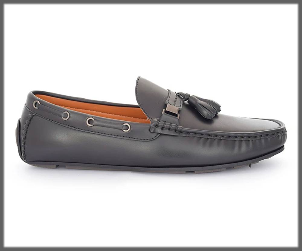 decent and easy moccasins by hushpuppies