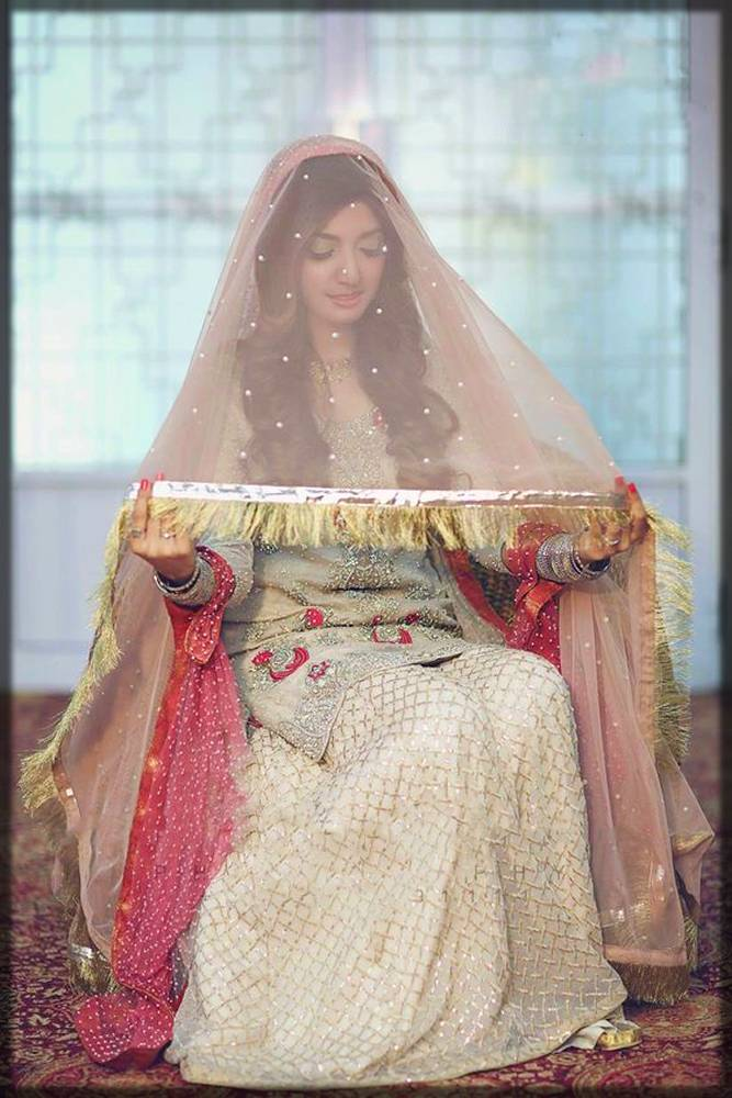 ghoonghat style dupatta for brides