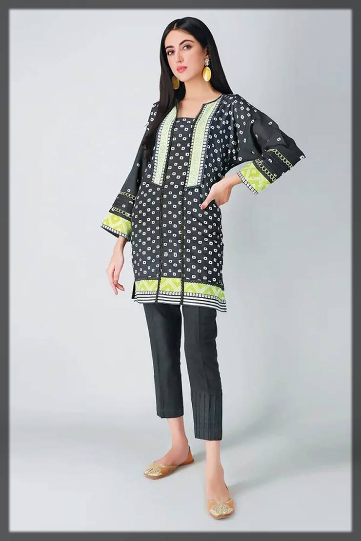 khaadi fall winter collection of 2-piece in black print