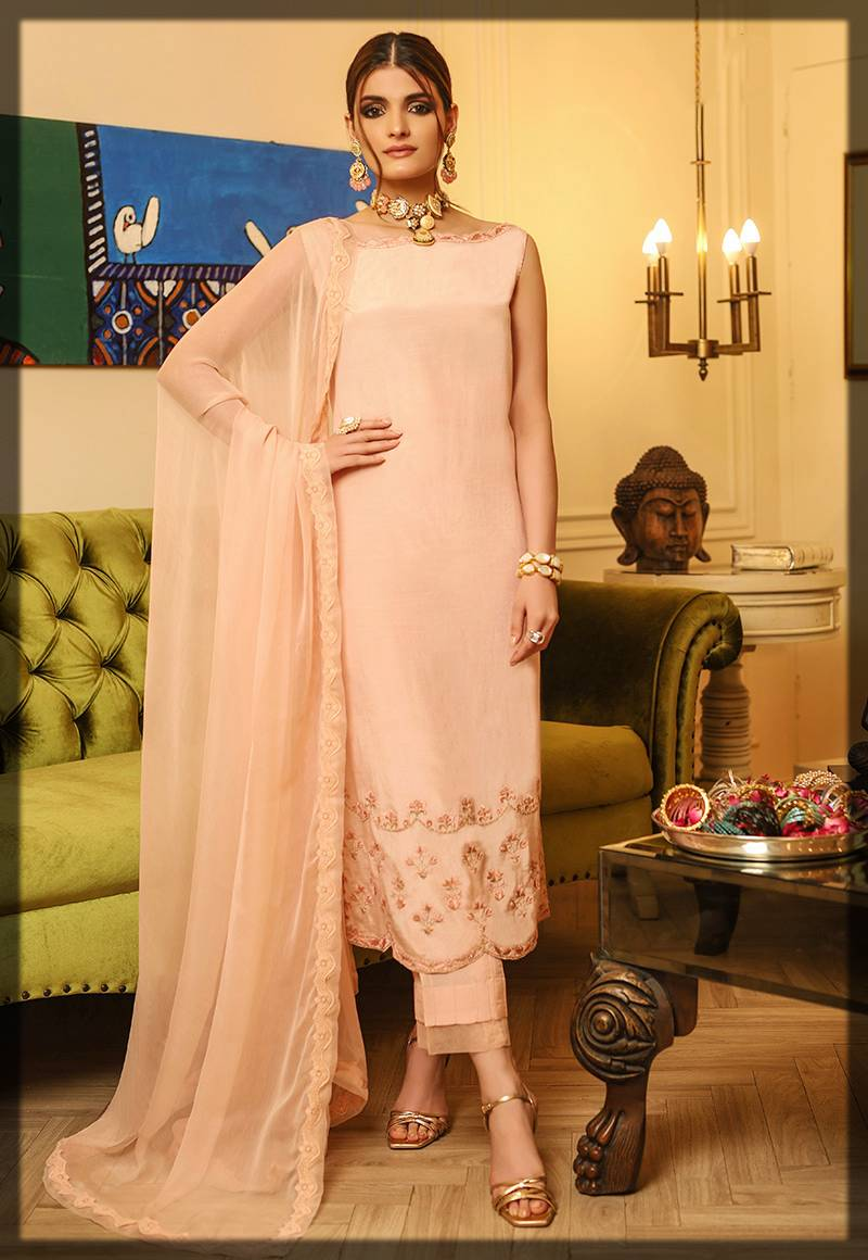 light shaded suit for girls - asim jofa winter collection